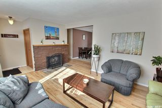 Photo 3: 978 Fraser Place in Prince Albert: Crescent Heights Residential for sale : MLS®# SK843183