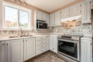 Photo 10: 17 Governors Lake Drive in Timberlea: 40-Timberlea, Prospect, St. Margaret`S Bay Residential for sale (Halifax-Dartmouth)  : MLS®# 202125717