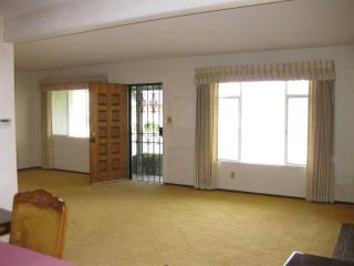 Photo 4: LEMON GROVE House for sale : 3 bedrooms : 1679 Watwood Road