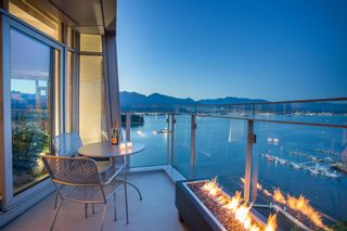 """Main Photo: SPH2502 1233 W CORDOVA Street in Vancouver: Coal Harbour Condo for sale in """"CARINA - COAL HARBOUR"""" (Vancouver West)  : MLS®# R2619427"""