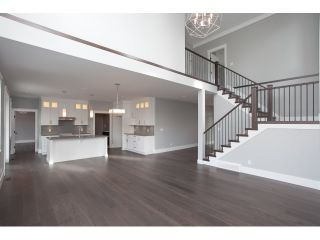 """Photo 8: 35437 EAGLE SUMMIT Drive in Abbotsford: Abbotsford East House for sale in """"THE SUMMIT @ EAGLE MOUNTAIN"""" : MLS®# R2045138"""