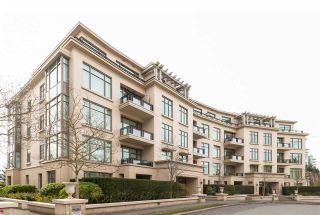 """Photo 7: 302 540 WATERS EDGE Crescent in West Vancouver: Park Royal Condo for sale in """"Waters Edge"""" : MLS®# R2478533"""