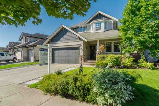 "Photo 1: 6213 167A Street in Surrey: Cloverdale BC House for sale in ""Clover Ridge"" (Cloverdale)  : MLS®# R2229803"