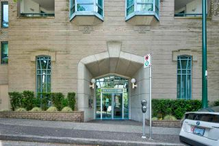 Photo 2: 1903 1238 MELVILLE Street in Vancouver: Coal Harbour Condo for sale (Vancouver West)  : MLS®# R2589941