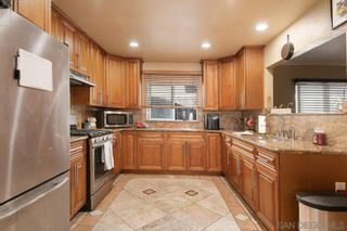 Photo 11: MIRA MESA House for sale : 4 bedrooms : 8055 Flanders Dr in San Diego
