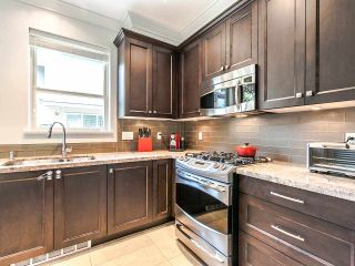 """Photo 4: 27 897 PREMIER Street in North Vancouver: Lynnmour Townhouse for sale in """"Legacy @ Nature's Edge"""" : MLS®# R2077735"""