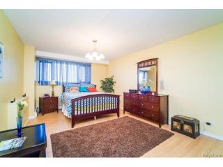 Photo 9: 1305 Grant Avenue in WINNIPEG: River Heights / Tuxedo / Linden Woods Condominium for sale (South Winnipeg)  : MLS®# 1426193