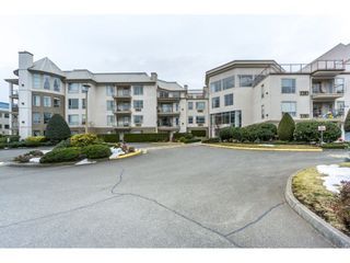 "Photo 1: 412 2626 COUNTESS Street in Abbotsford: Abbotsford West Condo for sale in ""Wedgewood"" : MLS®# R2346740"