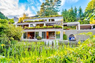 Photo 2: 1812 PALMERSTON AVENUE in West Vancouver: Ambleside House for sale : MLS®# R2599477