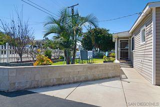Photo 4: LA MESA House for sale : 4 bedrooms : 7624 Saranac Ave