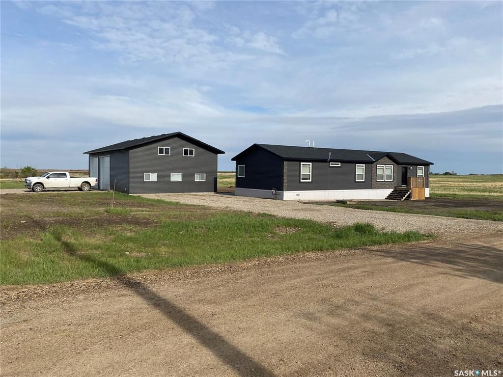 Main Photo: 128 Breen Avenue in Hitchcock: Residential for sale : MLS®# SK856758