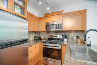 """Photo 10: 402 10 RENAISSANCE Square in New Westminster: Quay Condo for sale in """"MURANO LOFTS"""" : MLS®# R2591537"""