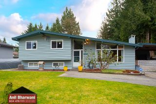 Photo 3: 21784 DONOVAN Avenue in Maple Ridge: West Central House for sale : MLS®# R2543972