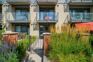 """Photo 7: 102 3090 GLADWIN Road in Abbotsford: Central Abbotsford Condo for sale in """"Hudsons Loft"""" : MLS®# R2609363"""