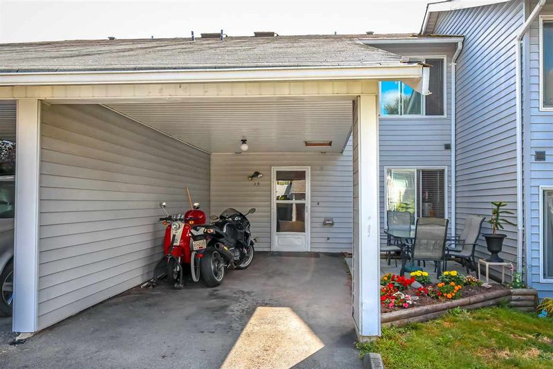 FEATURED LISTING: 19 - 26970 32 Avenue Langley