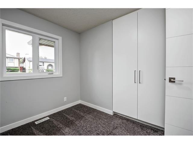 Photo 34: Photos: 448 CEDARPARK Drive SW in Calgary: Cedarbrae House for sale : MLS®# C4084629