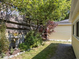 Photo 51: 962 Fairfield Rd in : Vi Fairfield West Full Duplex for sale (Victoria)  : MLS®# 850554
