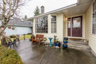 Photo 2: 12148 MAKINSON Street in Maple Ridge: Northwest Maple Ridge House for sale : MLS®# R2230456