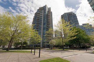 "Photo 3: 701 1650 BAYSHORE Drive in Vancouver: Coal Harbour Condo for sale in ""BAYSHORE GARDENS"" (Vancouver West)  : MLS®# R2304976"