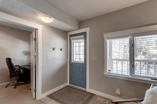 Photo 2: 613 15 Avenue NE in Calgary: Renfrew Detached for sale : MLS®# A1072998