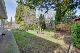 """Photo 30: 13527 14 Avenue in Surrey: Crescent Bch Ocean Pk. House for sale in """"Marine Terrace"""" (South Surrey White Rock)  : MLS®# R2552235"""