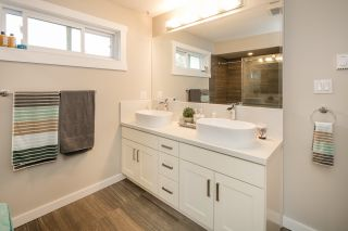 """Photo 13: 5011 HOLLYMOUNT Gate in Richmond: Steveston North House for sale in """"HOLLY PARK - NORTH STEVESTON"""" : MLS®# R2087509"""
