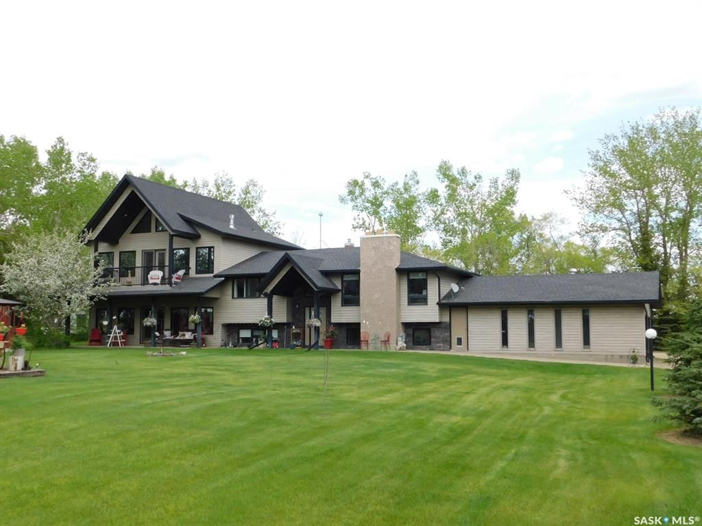 Main Photo: Edenwold RM No. 158 in Edenwold: Residential for sale (Edenwold Rm No. 158)  : MLS®# SK858371