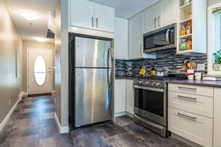 Photo 11: A 2143 Mission Rd in : CV Courtenay East Half Duplex for sale (Comox Valley)  : MLS®# 851138