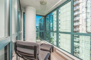 Photo 15: 1403 1238 MELVILLE Street in Vancouver: Coal Harbour Condo for sale (Vancouver West)  : MLS®# R2613356
