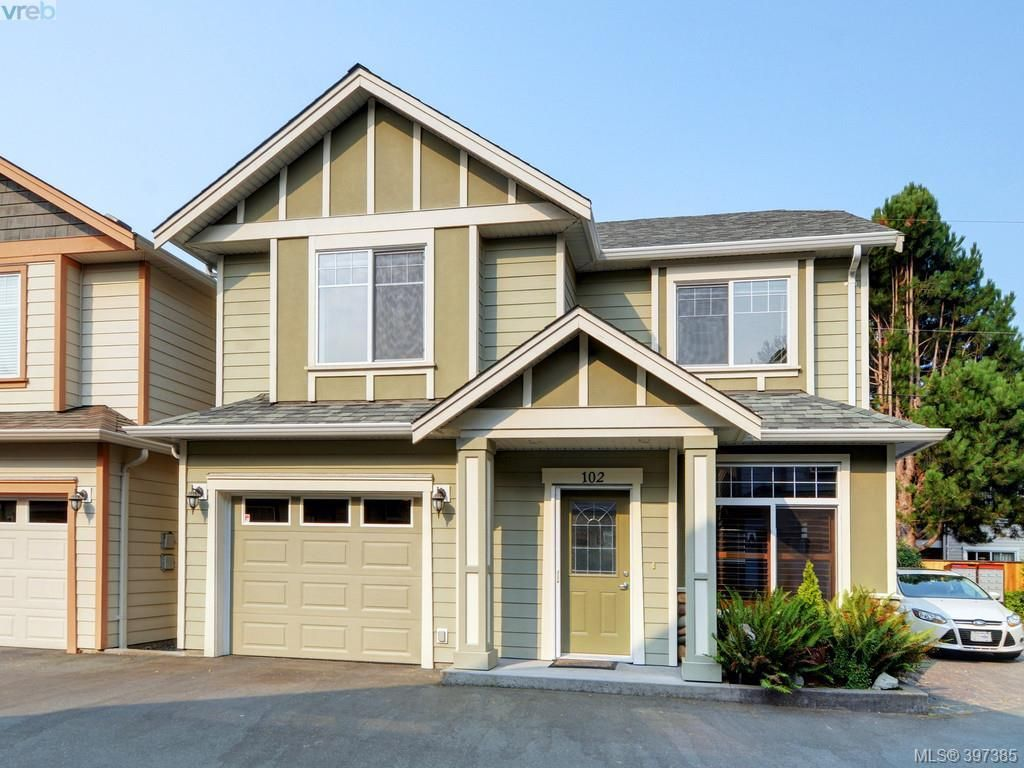 Main Photo: 102 2600 Peatt Rd in VICTORIA: La Langford Proper Row/Townhouse for sale (Langford)  : MLS®# 794862