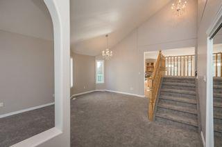 Photo 4: 364 HEATH Road in Edmonton: Zone 14 House for sale : MLS®# E4248734