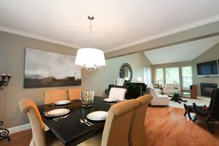 Photo 7: 14490 16A Avenue in South Surrey: Home for sale : MLS®# F1015769