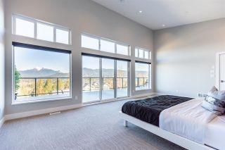 Photo 14: 25588 GODWIN Drive in Maple Ridge: Whonnock House for sale : MLS®# R2462819