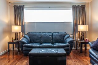 Photo 4: 111 Spinks Drive in Saskatoon: West College Park Residential for sale : MLS®# SK759377