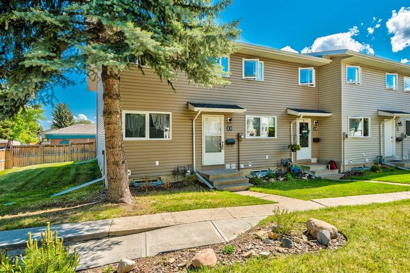 FEATURED LISTING: 11 - 1111 Canterbury Drive Southwest Calgary