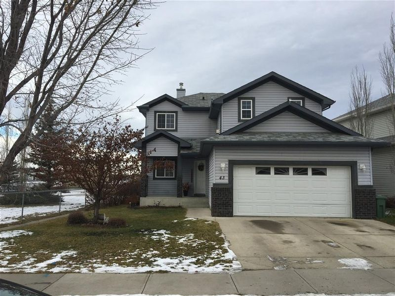 FEATURED LISTING: OKOTOKS
