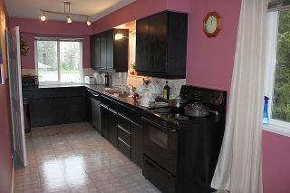 """Photo 5: 549 BROOKMERE Avenue in Coquitlam: Coquitlam West House for sale in """"VANCOUVER GOLF CLUB"""" : MLS®# V932917"""