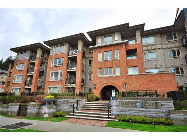 """Main Photo: 109 3097 LINCOLN Avenue in Coquitlam: New Horizons Condo for sale in """"LARKIN HOUSE"""" : MLS®# V927465"""