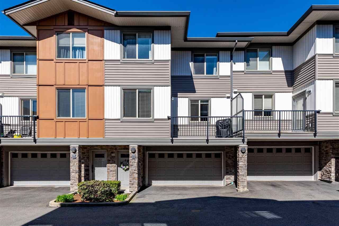 """Main Photo: 51 34248 KING Road in Abbotsford: Central Abbotsford Townhouse for sale in """"Argyle"""" : MLS®# R2565801"""