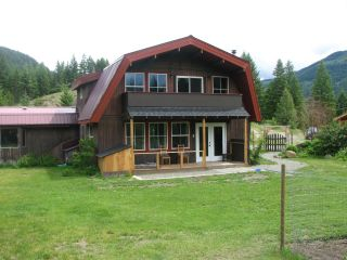 Main Photo: 853 Barriere Lakes Road in Barriere: BA House for sale (NE)  : MLS®# 162586