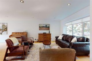 Photo 5: 13107 CHURCHILL Crescent in Edmonton: Zone 11 House for sale : MLS®# E4225061