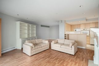 """Photo 7: B1 2202 MARINE Drive in West Vancouver: Dundarave Condo for sale in """"Stratford Court"""" : MLS®# R2616441"""
