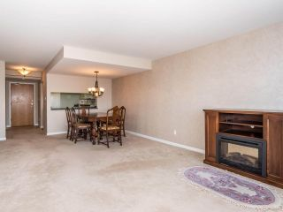 """Photo 3: 1707 6070 MCMURRAY Avenue in Burnaby: Forest Glen BS Condo for sale in """"LA MIRAGE"""" (Burnaby South)  : MLS®# R2443753"""
