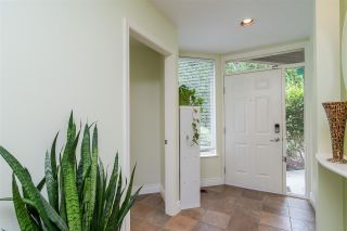 """Photo 7: 20 16655 64 Avenue in Surrey: Cloverdale BC Townhouse for sale in """"Ridgewoods"""" (Cloverdale)  : MLS®# R2482144"""