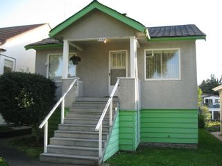 Photo 2: 2754 EAST 27th. AVENUE in VANCOUVER: House for sale : MLS®# V853008