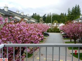 """Photo 2: 30 8892 208TH Street in Langley: Walnut Grove Townhouse for sale in """"HUNTERS RUN"""" : MLS®# F1210685"""