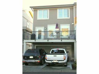 """Photo 12: 21139 80TH Avenue in Langley: Willoughby Heights Townhouse for sale in """"YORKVILLE"""" : MLS®# F1401445"""