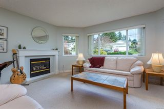 Photo 6: 1191 Thorpe Ave in : CV Courtenay East House for sale (Comox Valley)  : MLS®# 871618
