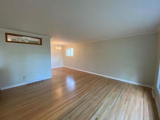 Photo 5: 216 78 Avenue SE in Calgary: Fairview Detached for sale : MLS®# A1123206