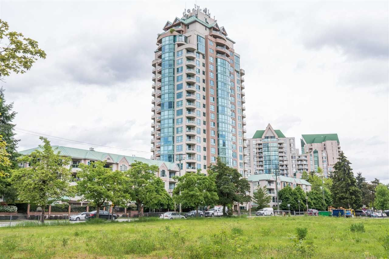 Main Photo: 1706 3071 GLEN Drive in Coquitlam: North Coquitlam Condo for sale : MLS®# R2169869